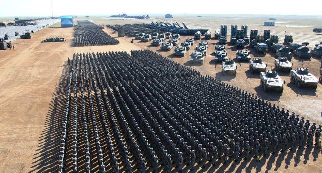«Путину еще далеко до такой армии»: Китай показал всю мощь Вооруженных сил КНР