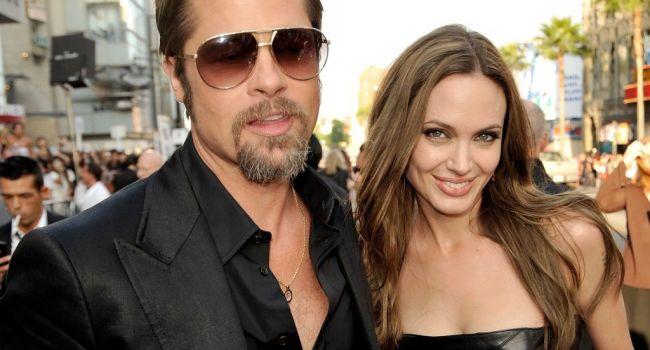 «Она не хотела выходить замуж»: Источник рассказал об отношениях Джоли и Питта