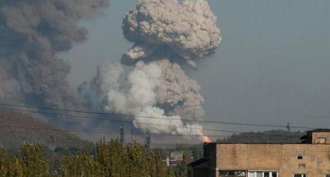 «Рвануло так, что одни руины остались»: Центр Донецка сокрушил мощный взрыв