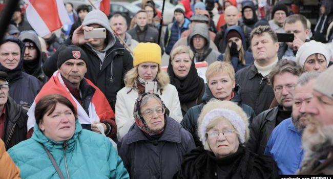 «Люди вышли на улицы»: Беларусь восстала против «продажи страны» России