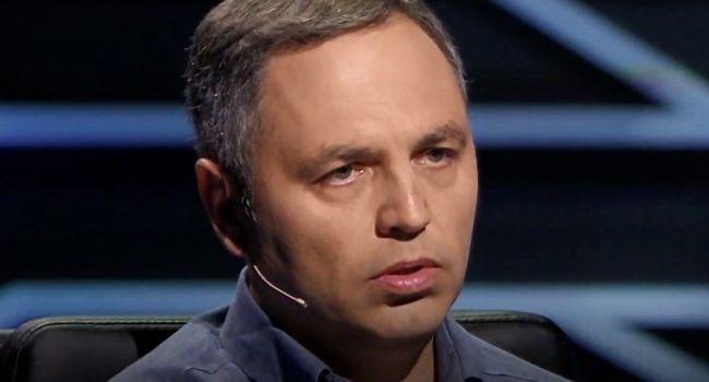 «Новая политическая команда переходит в повестку Порошенко»: Портнов рассказал, почему он не верит в достижения по Донбассу