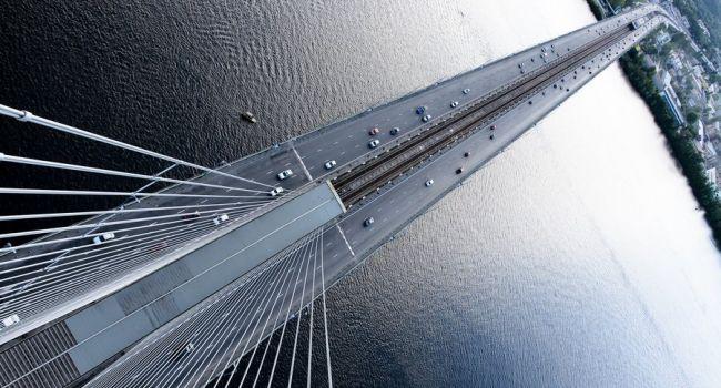 Южный мост в Киеве: когда перестанут ограничивать движение из-за ремонта