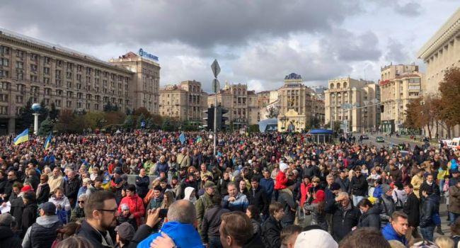 Журналист: ситуация, которая сегодня в Украине, чем-то напоминает конец правления Януковича