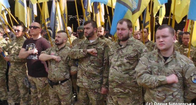 «Состояние войны – это единственный вариант для Украины на самостоятельную жизнь»: ветеран АТО обратился к украинцам с сильной речью, взорвавши сеть