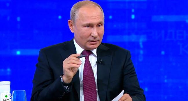 Путин внезапно повысил зарплаты в РФ, но только себе и своему окружению