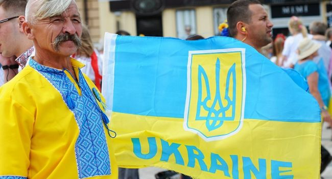 Блогер: «В украинском обществе начинаются изменения»