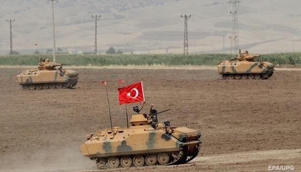 СМИ сообщили о начале входа турецких войск в Сирию