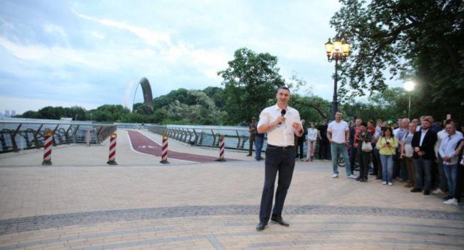 Депутаты обвинили Кличко в возможных хищениях средств при реконструкции Шулявского моста