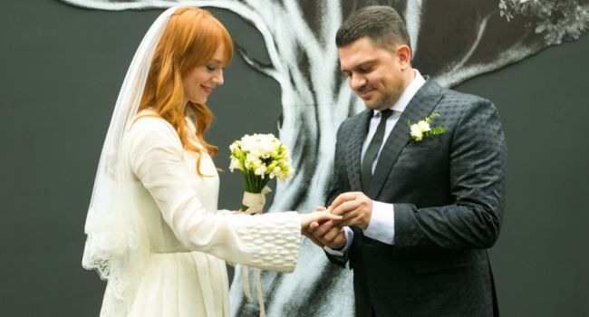 Светлана Тарабарова отпраздновала третью годовщину свадьбы