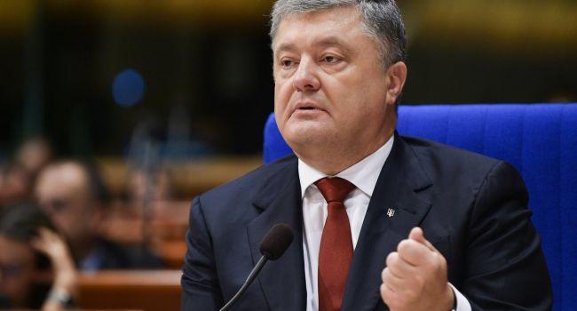 Политолог: «До конца этого года уголовного преследования Порошенко точно не будет»