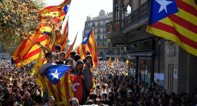 Каталония «пылает»: Барселона и другие крупные города заблокированы протестующими