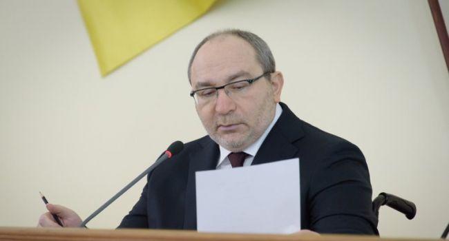 Политолог: прогноз сбылся – в противовес акции «Нет – капитуляции!» начинаются мероприятия «За мир!»