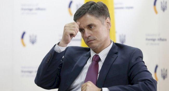 «Пристайко уже в шпагате между Евросоюзом и США»: Эксперт рассказал о противоречивой политике властей Украины