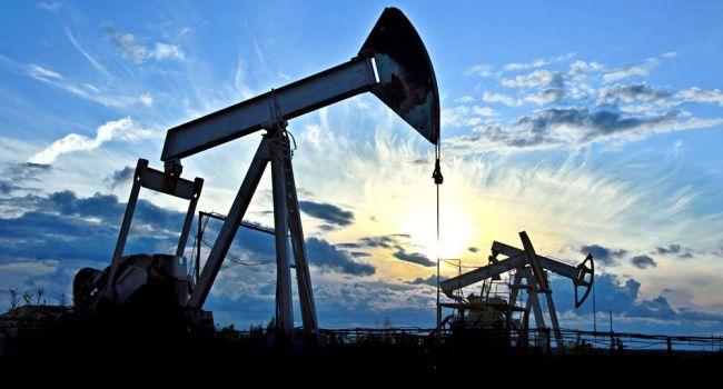 На фоне новостей из США цены на нефть снова начали падать