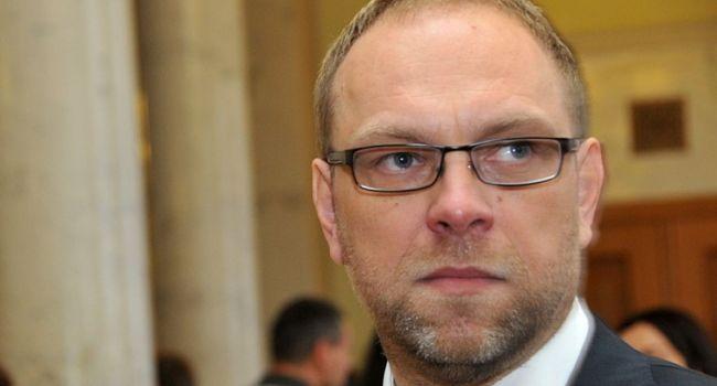 «Стукачи, а не обличители»: Власенко раскритиковал законопроект об обличителях коррупции