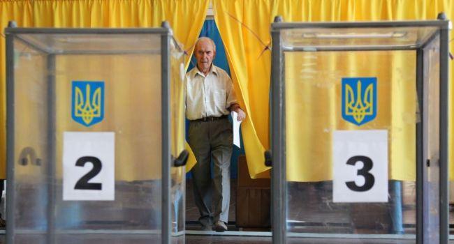 Дипломат: досрочных местных выборов уже не будет