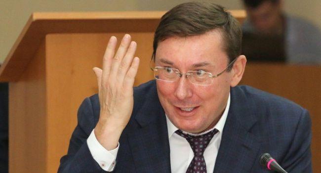 «Хотел сохранить теплое кресло»: Спивак утверждает, что Луценко в угоду личной выгоды пренебрег государственными интересами