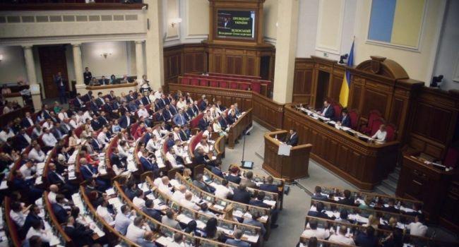 «Большинство уже поняло опасность работы в турборежиме: Эксперт прогнозирует, что «Слуга народа» будет сбавлять обороты в парламенте