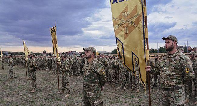 На ровне с ИГИЛ и Аль-Каидой: США хотят прировнять полк «Азов» к террористам