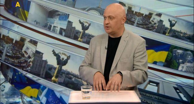 «Надеяться на лучшее, но готовиться к худшему»: Политолог объяснил, в какой непростой ситуации оказалась сегодня Украина