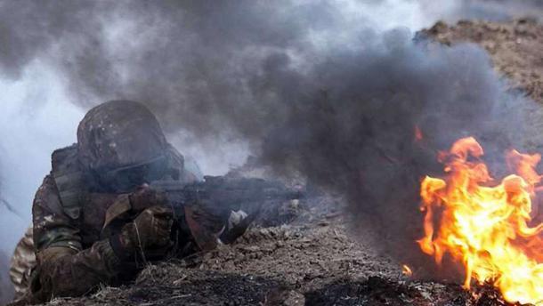 Обстрелы в Донецке: Разрушены дома мирных жителей, есть раненные среди гражданских