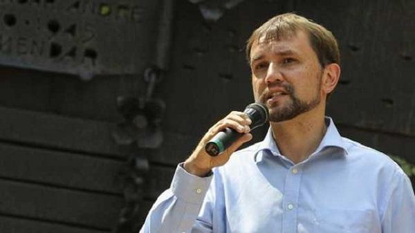 «Слуга народа» Бужанский обвинил Вятровича в хищении 500 тыс. грн. на фуршет в День Голодомора