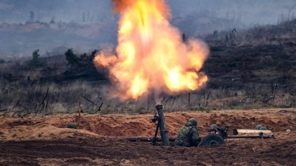 На Донбассе миром и не пахнет: оккупанты открыли огонь из запрещенного оружия