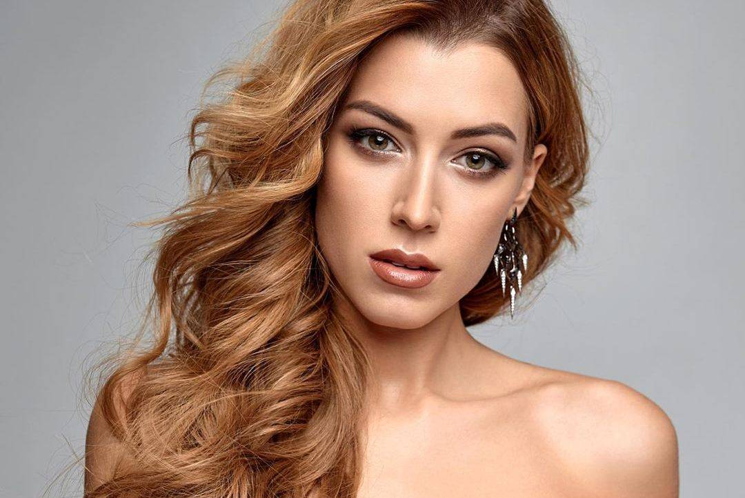Мисс Украина Вселенная появится в наряде весом 28кг
