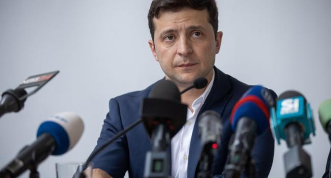 «Вы не сможете его свергнуть»: Политолог рассказал, кто может убрать Зеленского