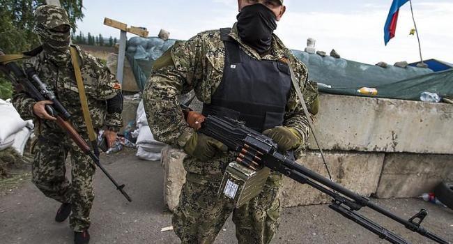 Нусс: в результате решения Зеленского об отступлении войск из Золотого его начинают открыто оккупировать пророссийские боевики