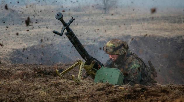 В штабе ООС обнародовали свежую сводку по Донбассу: обстрелы продолжаются