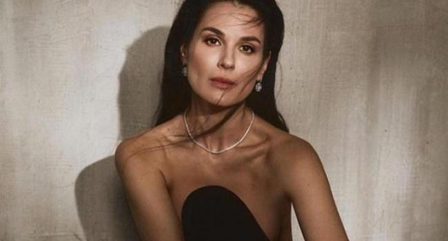 «Выглядите просто роскошно»: Маша Ефросинина похвасталась шикарным платьем