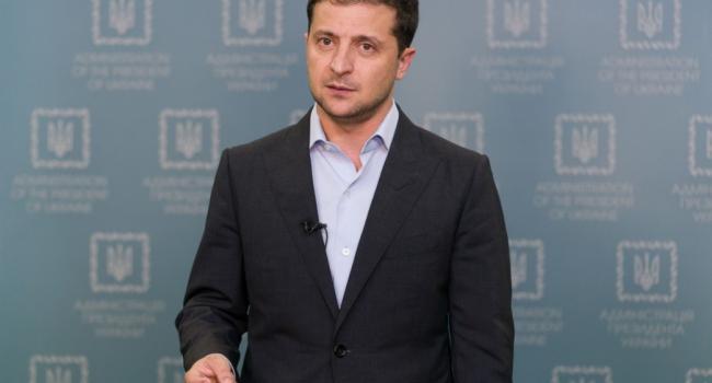 Журналист: сегодня появилось телеобращение Зеленского, которое впервые стоит поддержать