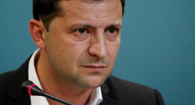 «Зеленский стал заложником Кремля»: Президент Украины и его команда отмалчиваются по чувствительным для России международным темам