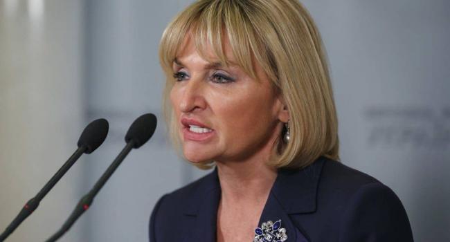 Жена бывшего главы ГПУ Юрия Луценко Ирина досрочно прекратила полномочия нардепа