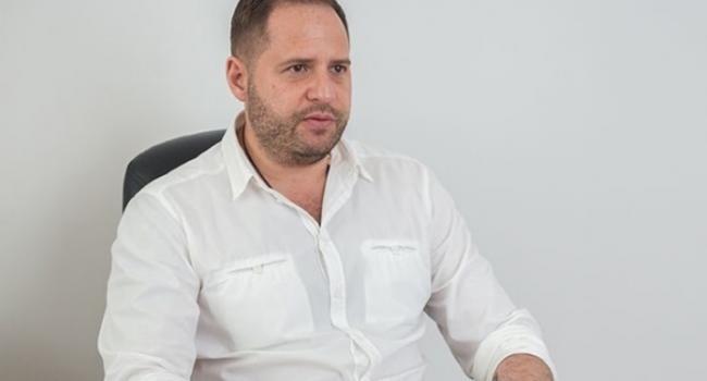 «Речь шла только о возможной причастности Порошенко к коррупции»: Ермак утверждает, что не обвинял пятого президента в начале войны на Донбассе