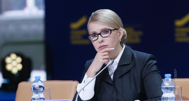 «Уже в январе будет новый глава правительства»: Экс-нардеп утверждает, что вскоре Гончарука в премьерском кресле заменит Тимошенко