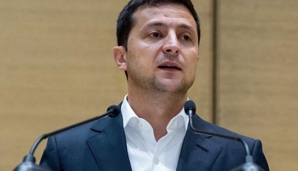 Зеленский прибыл в Раду: президент надеется убедить «слуг народа» голосовать за законопроекты по рынку земли