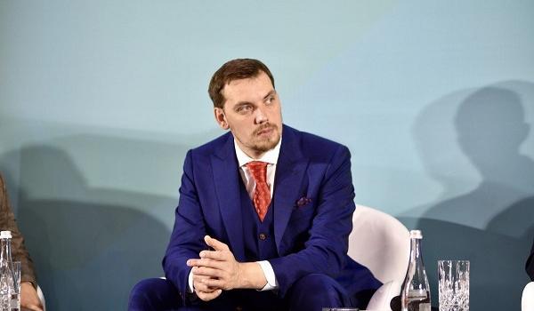 «Провал коммуникации»: СМИ сообщили о конфликте «слуг народа» с Гончаруком из-за бюджета