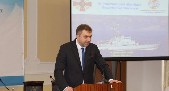 «Военные морские угрозы для Украины в Черном и Азовском морях постоянно растут»: министр обороны Украины указал на новый плацдарм агрессии РФ