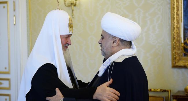 В противостоянии с УПЦ Патриарх Кирилл принялся просить поддержки у мусульман