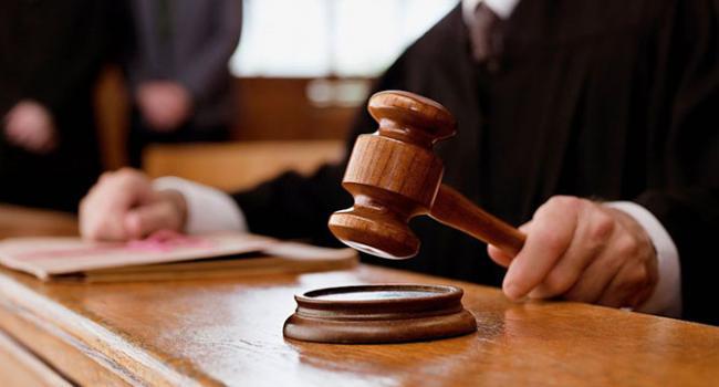 Александр Костюк назвал причину, почему суды судят только в одну сторону