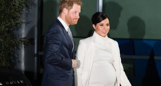 «Уже рассказала друзьям»: Меган Маркл вновь ждёт ребёнка?!