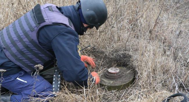 Разминирование в Петровском и Богдановке: В штабе ООС озвучили дату окончания процесса