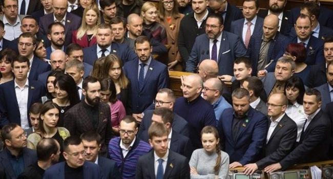 Юсупова: на фронте снова погибший, обстрелы, а в стране хаос, потому что проходимцы и бездари в парламенте