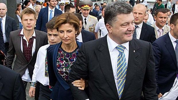 «Какой интим, всем на зависть»: «Трогательный» снимок Порошенко и Гончаренко вызвал ажиотаж в сети