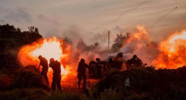 Жители Донецка в панике: В Городе гремят сильные взрывы