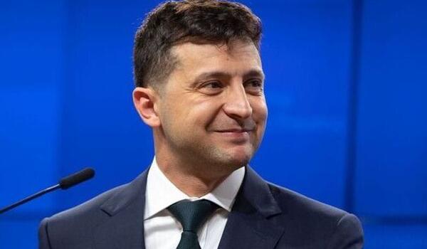 Президент Зеленский попал в скандал из-за поста в Facebook: в чем причина