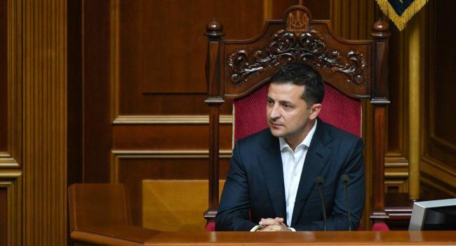 Блогер: Зеленскому должно было уже дойти, что украинцы больше не готовы стать московской колонией