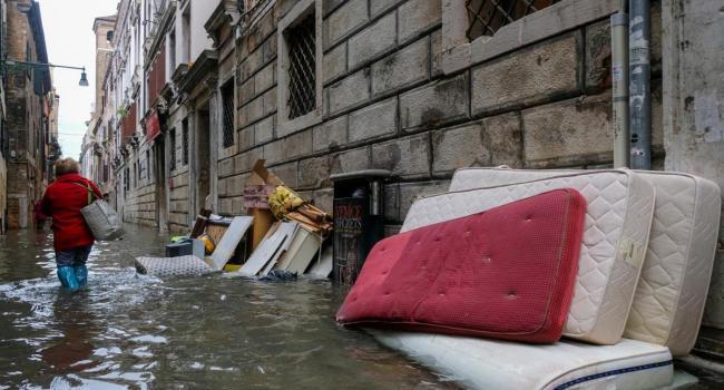 Приближается потоп: Власти Венеции объявили наивысший уровень опасности